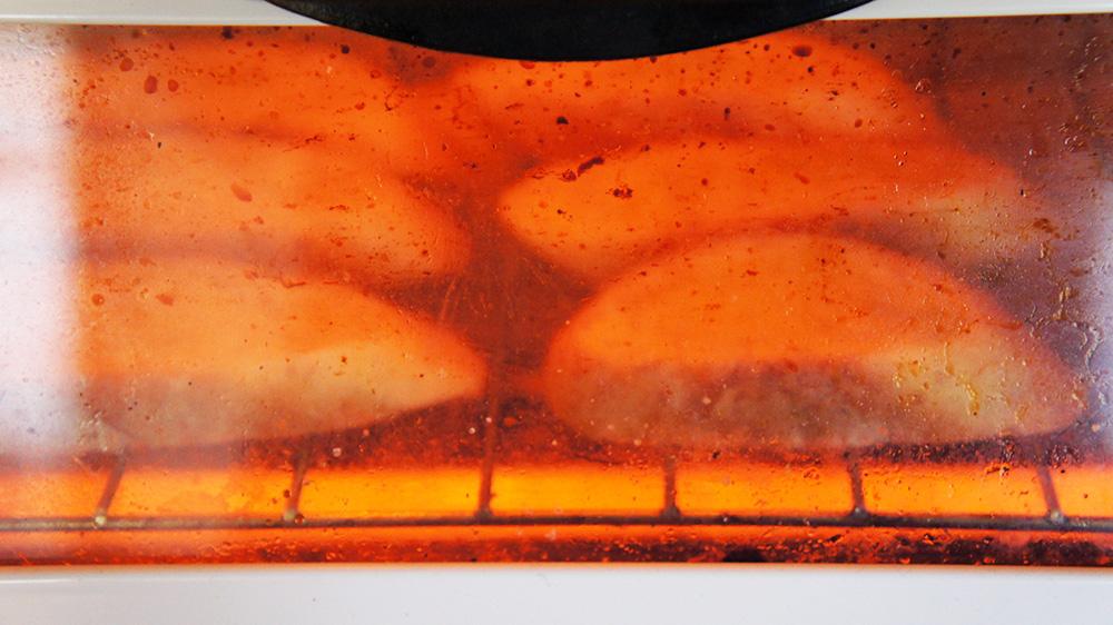 バゲットをオーブンで焼く